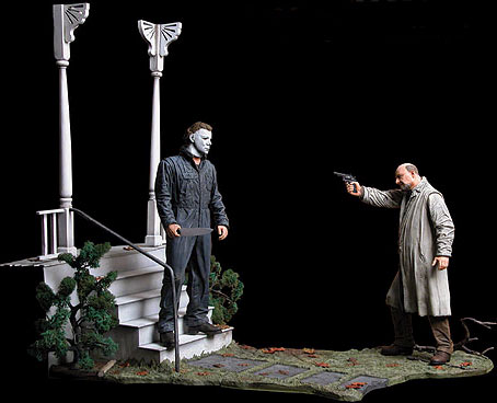 Lovely http://www.sideshowcollectors.com/forums/horror-statues-props-etc-/70773-myers-vs-loomis-statue-set-diorama-neca.html